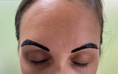 Henna Brows – Volle en strakke wenkbrauwen